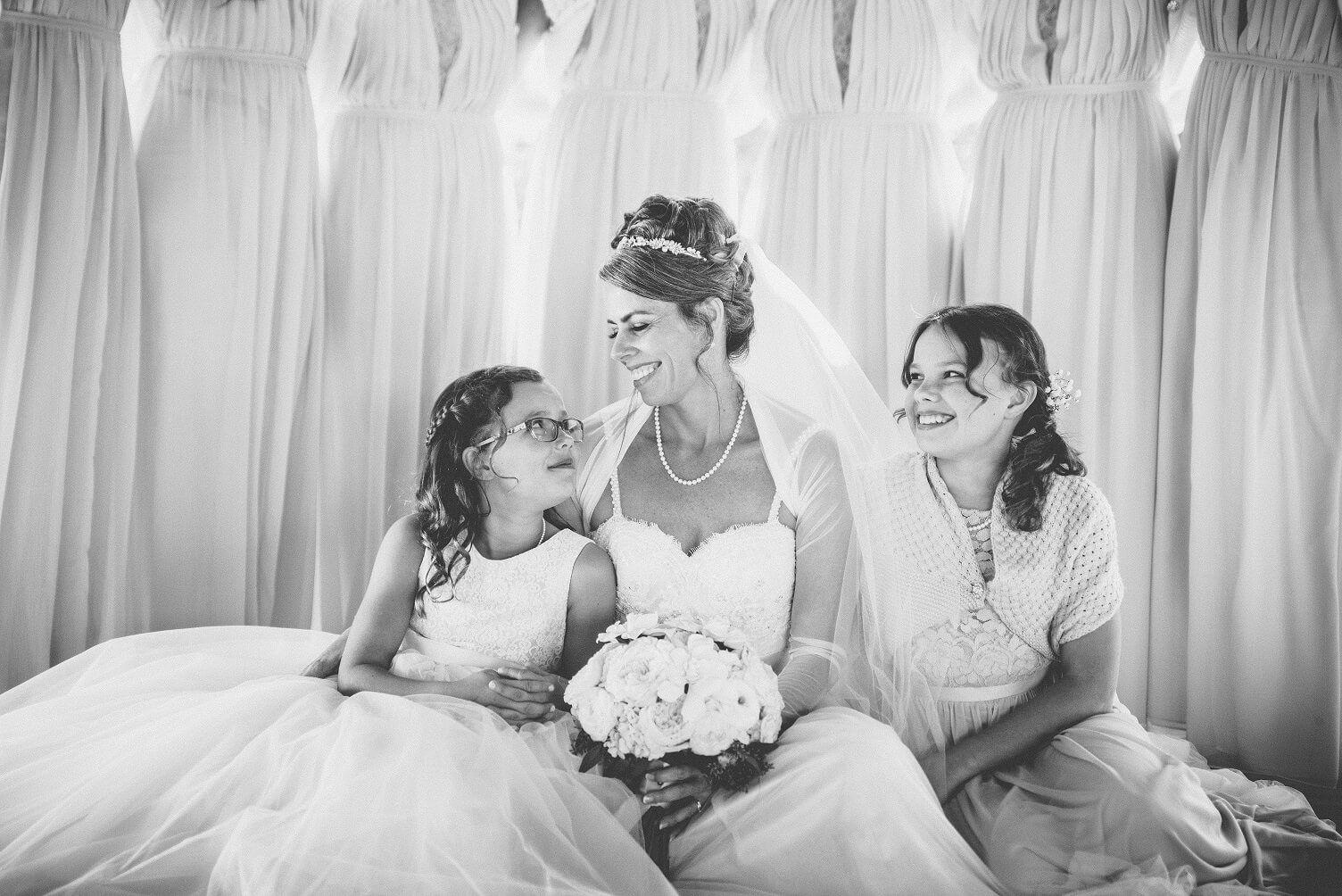 wedding with girls